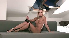 HD Veronika Fasterova tube Veronika Fasterova conveys as she dildos her pussy