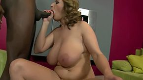 Free Michael Chapman HD porn Michael Chapman playing with her beefy juicy melon tits polishing Salinass black 10-Pounder Salinas
