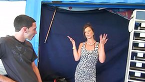 Tease HD porn tube Young Beggar collects a Slutty Milf