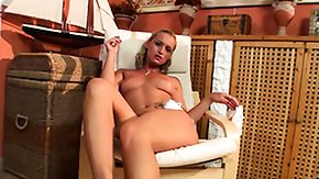 Natural Tits, Ass, Babe, Blonde, Boobs, Legs