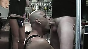 Garage, Gay