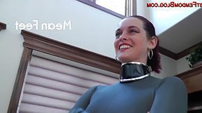 Catsuit HD porn tube Ms Savannah in catsuit with foot milking
