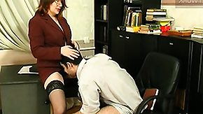 Free Smell HD porn Laura I let Sebastian A sniff her chair before smelling the source